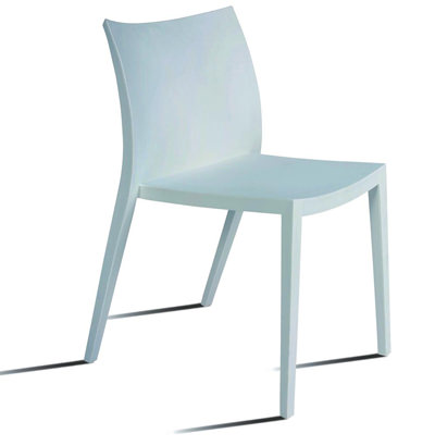 Silla PROPILENO apilable de color blanco modelo LOVE